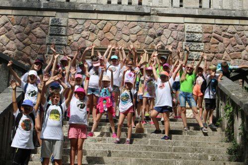 šťastné deti z tábora OZ Free Time