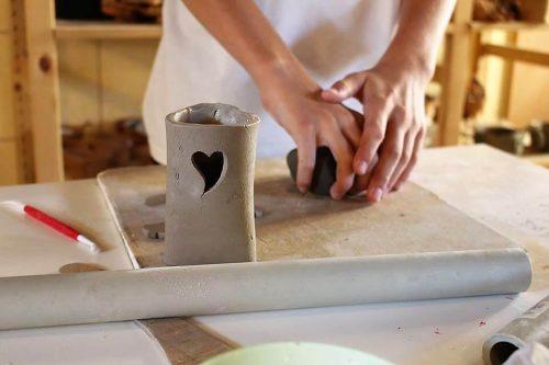 modelovanie hliny v detskom letnom tábore Fantázia