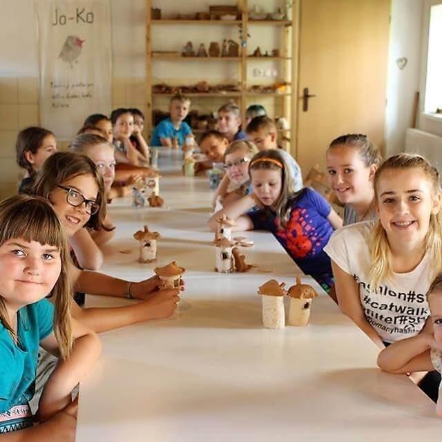 deti v detskom tábore