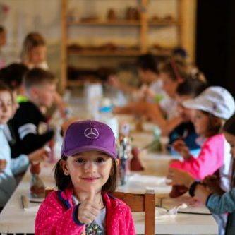 Kaja v detskom letnom tábore